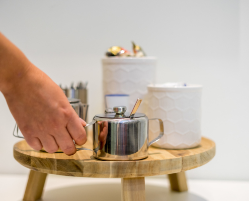Werfzaal-Koffietafel-low-res-halve-mb-9232-495x400